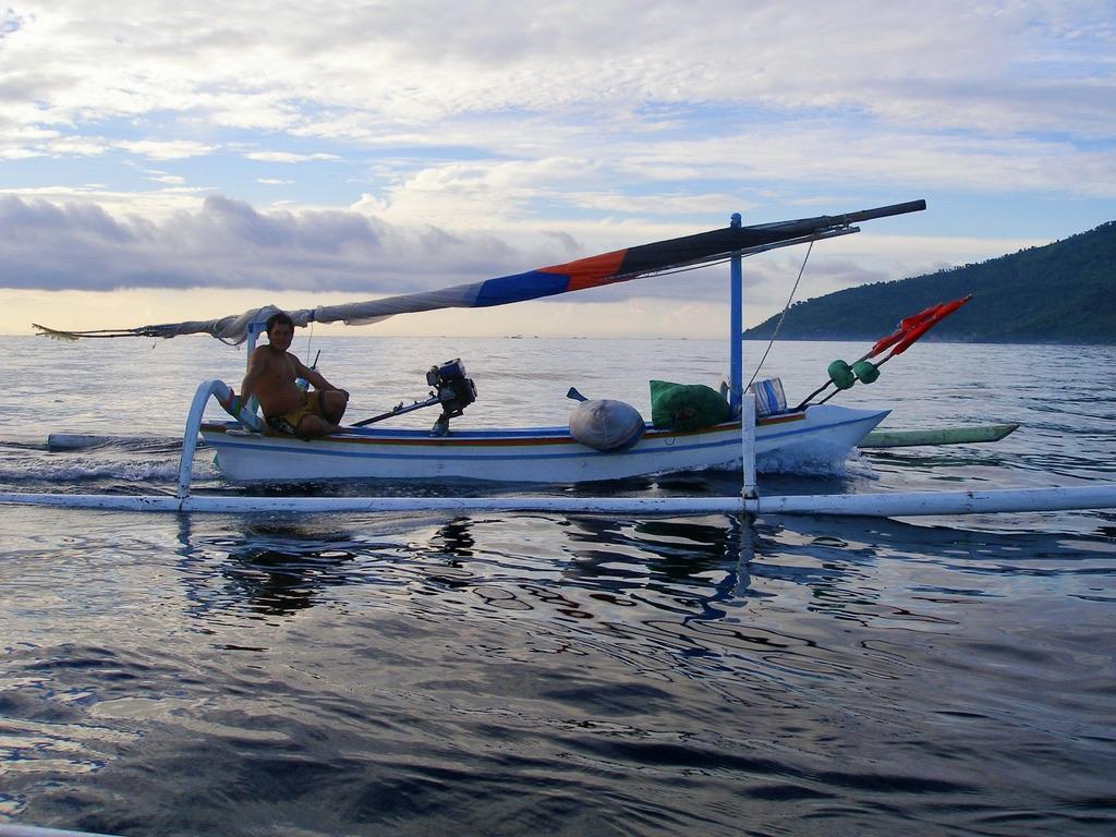 barque balinais peche fishing in Bali