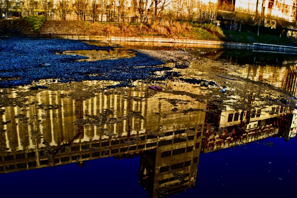 Reflections silos #5, Montreal